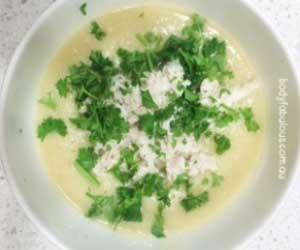 Creamy Chicken & Cauliflower Soup