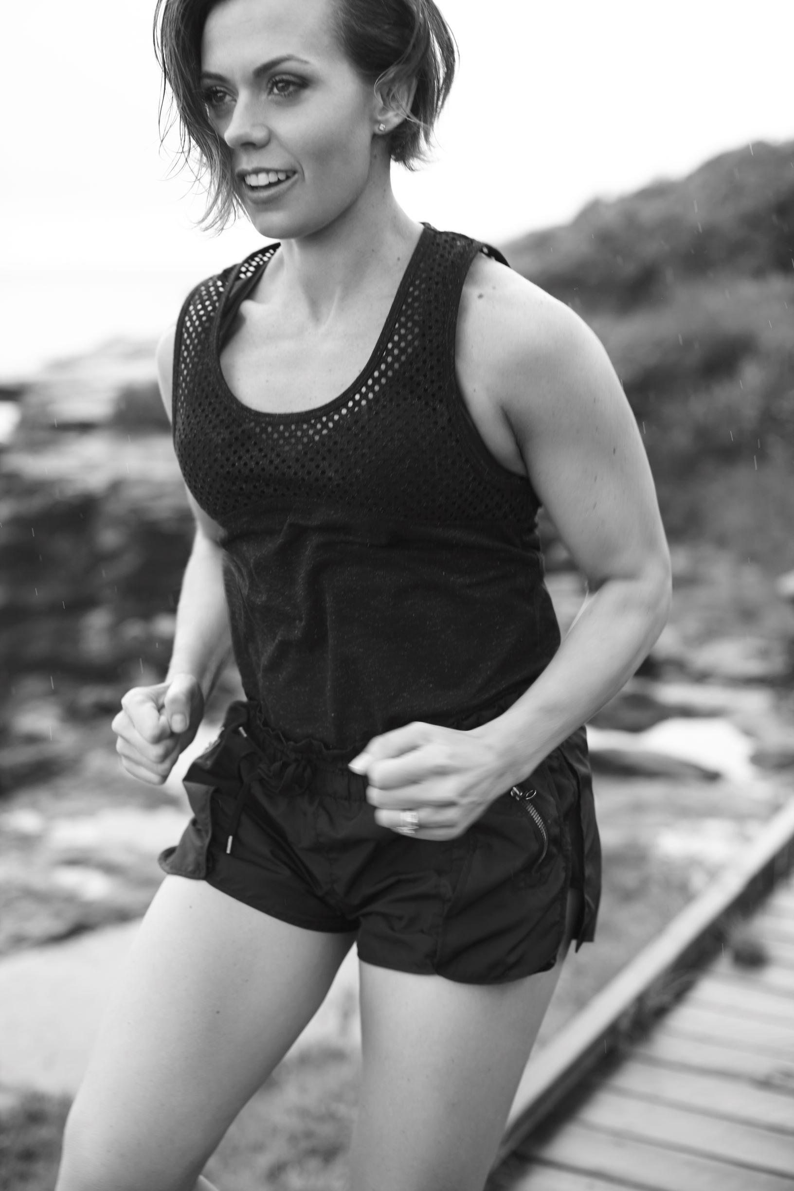 dahlas-bodyfabulous-women's-fitness-trainer-best-pregnancy-trainer-australia